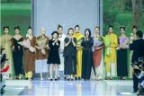 冻龄女神翁虹亮相日播·傅素琴中国国际时装