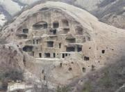 北京郊区有个古崖居,被称为中华第一迷宫,曾住着神秘的矮人部落